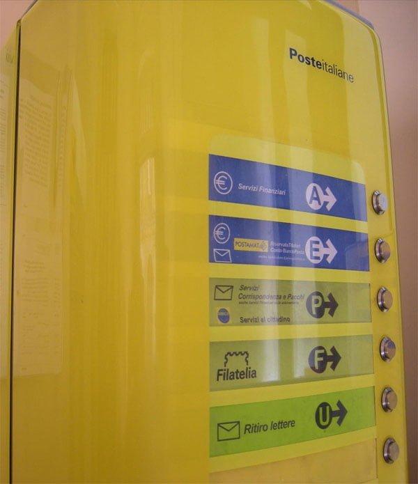 Machine in Italian post office - romevacationtips.com