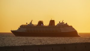 How do you get from Civitavecchia to Rome?