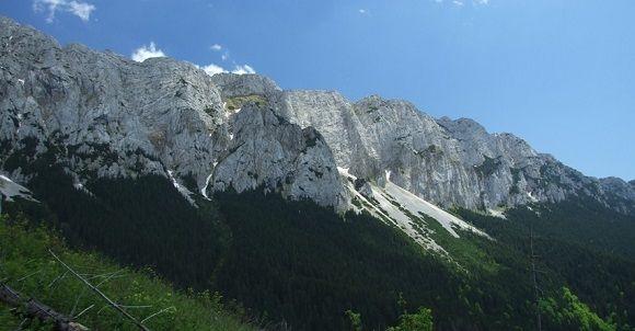 piatra-craiului-mountain