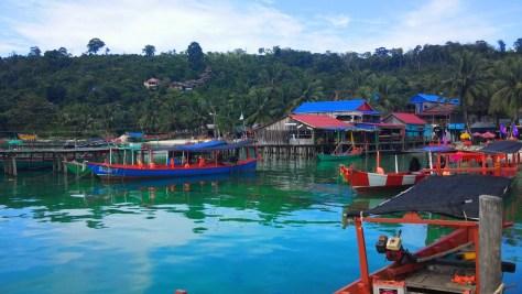 Puerto principal de Ko Rong, Camboya, Octubre 2015