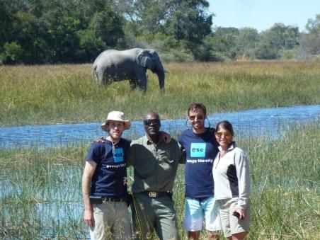 Safari a pie en delta del Okavango, Botswana