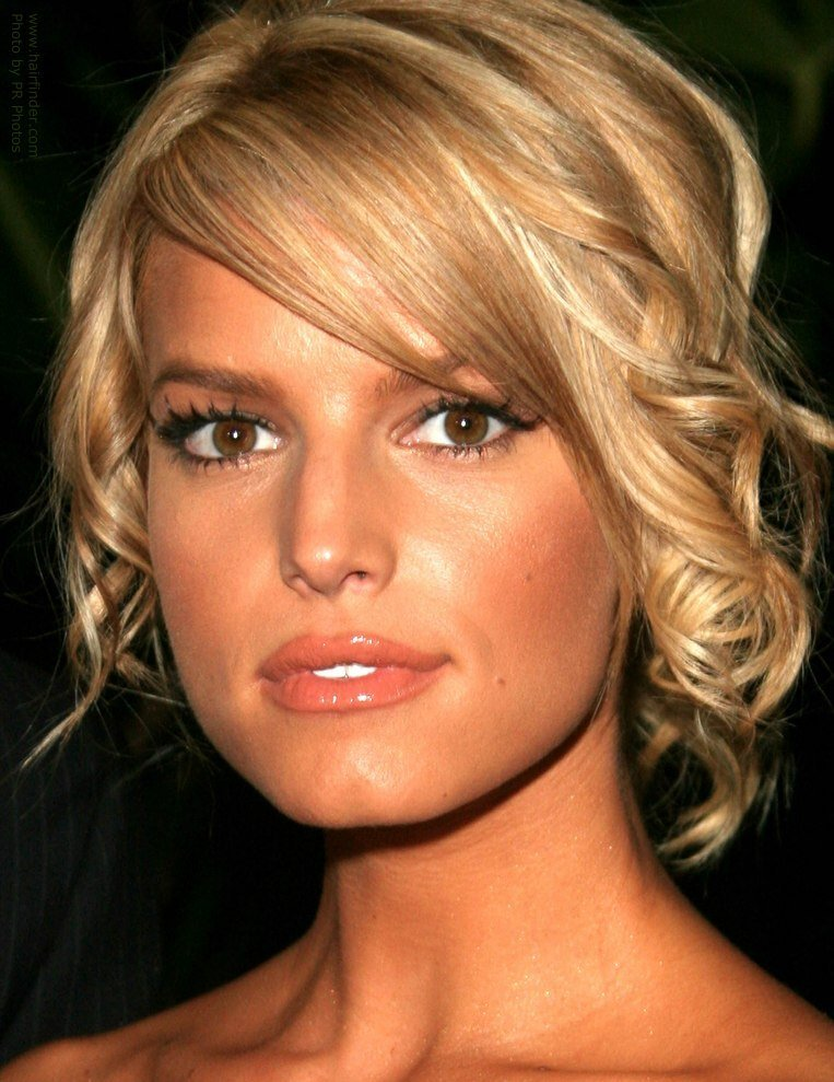 The Best Jessica Simpson Loose Curly Up Style With The Hair In A Roughly Twirled Bun Pictures