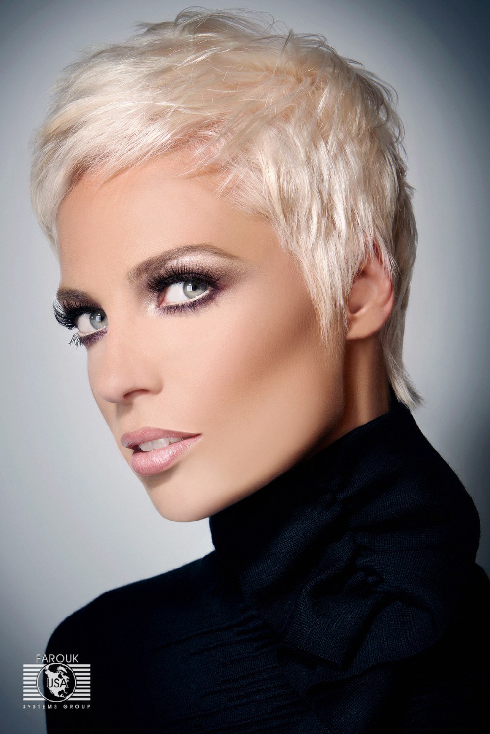 The Best Very Short Blonde Hairstyle Annie Lenox Or Pink Look Pictures
