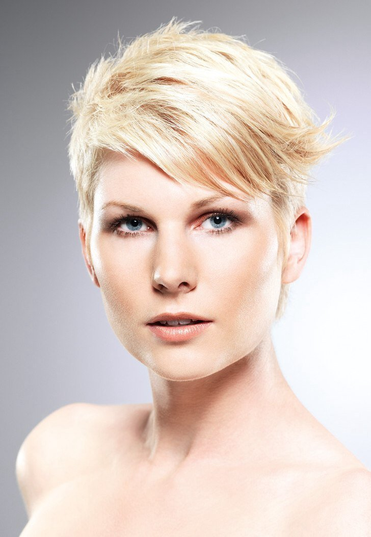 The Best Short Hairstyle With Increased Length On The Crown Pictures