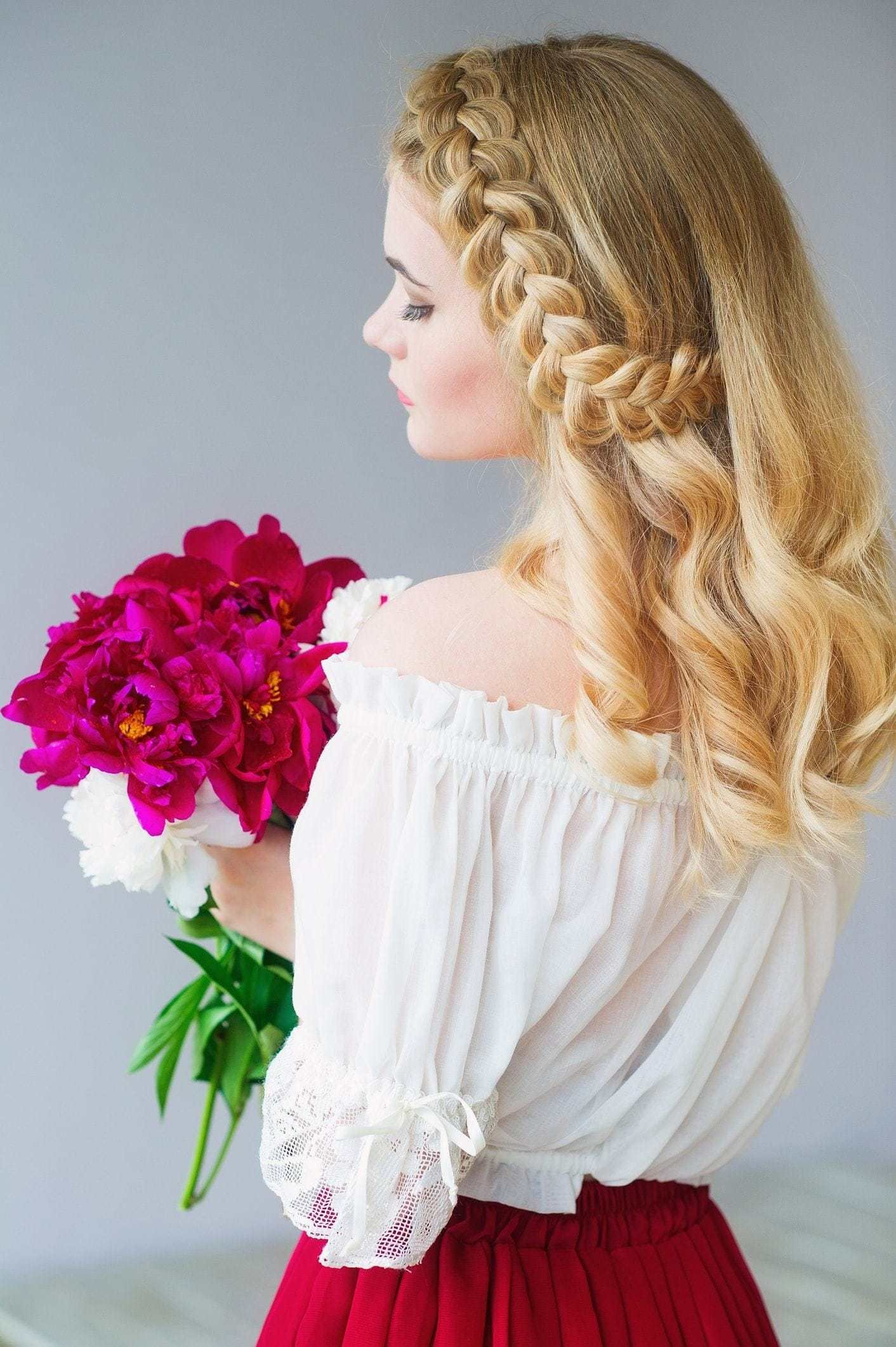 The Best Flower Girl Hairstyles That Flatter Girls Of All Ages Pictures
