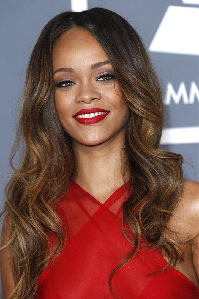 The Best Rihanna Dyes Her Hair Grey And Says Grey Is The New Black Pictures