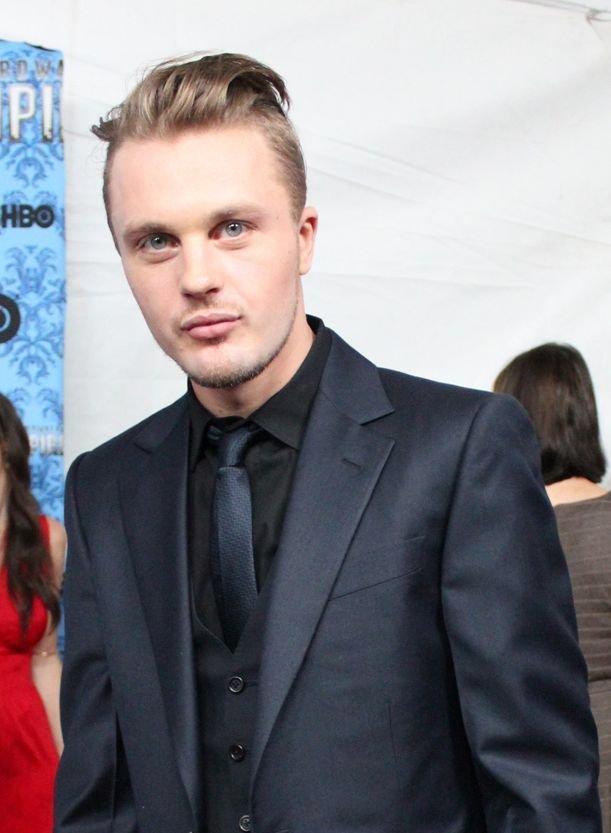 The Best Michael Pitt Again It S One Of Those Styles That Can Pictures
