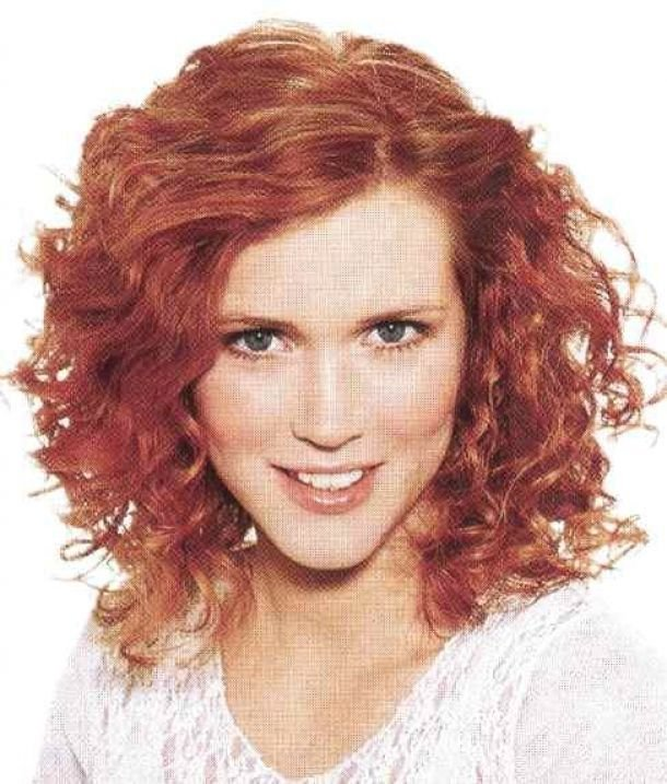 The Best Haircuts For Frizzy Hair Oval Face Hairstyle Curly Pictures