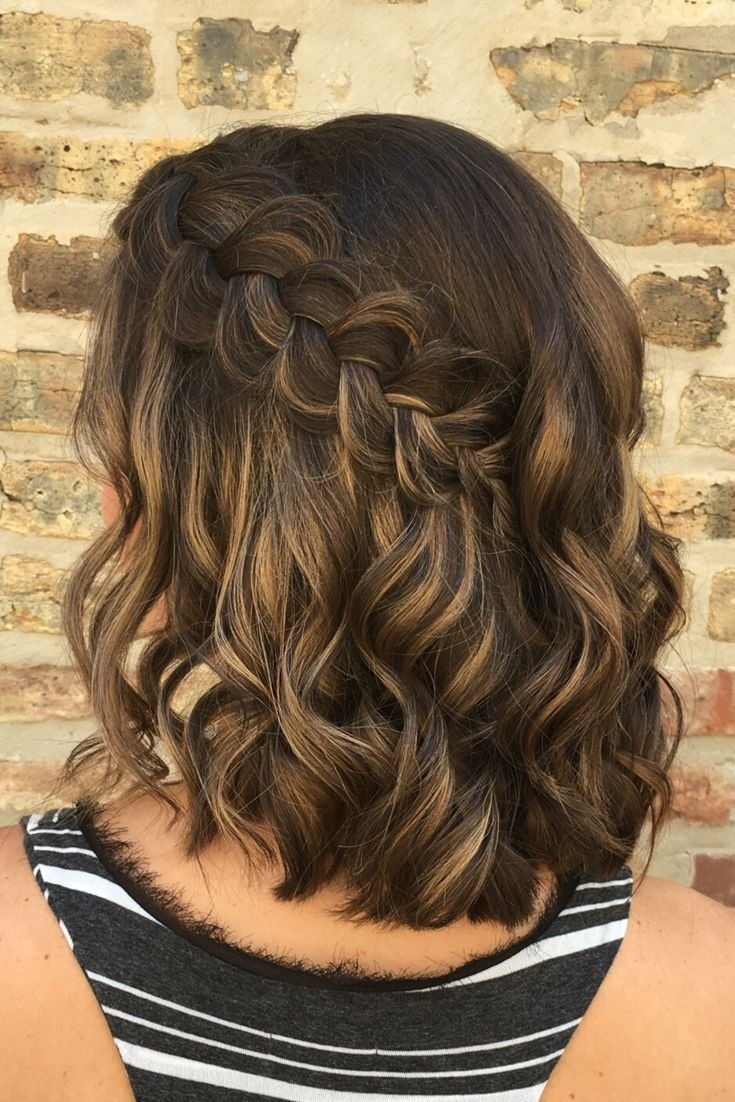 The Best How Perfect Is This Simple Elegant Braided Hairstyle Hair By Goldplaited Easy Braided Pictures