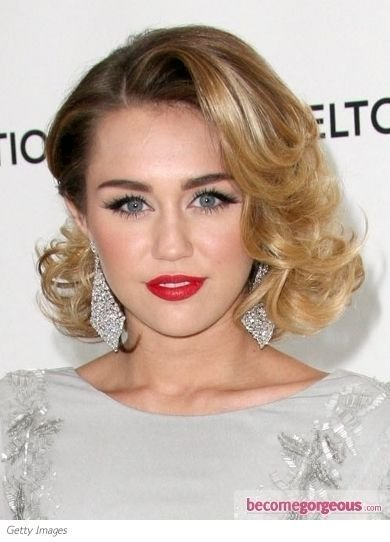 The Best Glam Curly Bob Hairstyle I Almost Didn T Recognize Miley Pictures