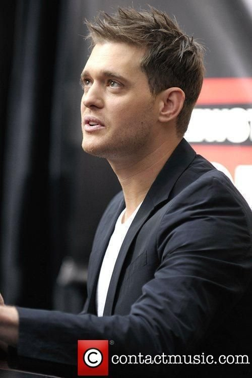 The Best Michael Buble Meets His Fans And Signs Copies Of His New Pictures