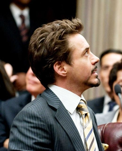 The Best Robert Downey Jr S Short Medium Flipped Up Hairstyle From Pictures