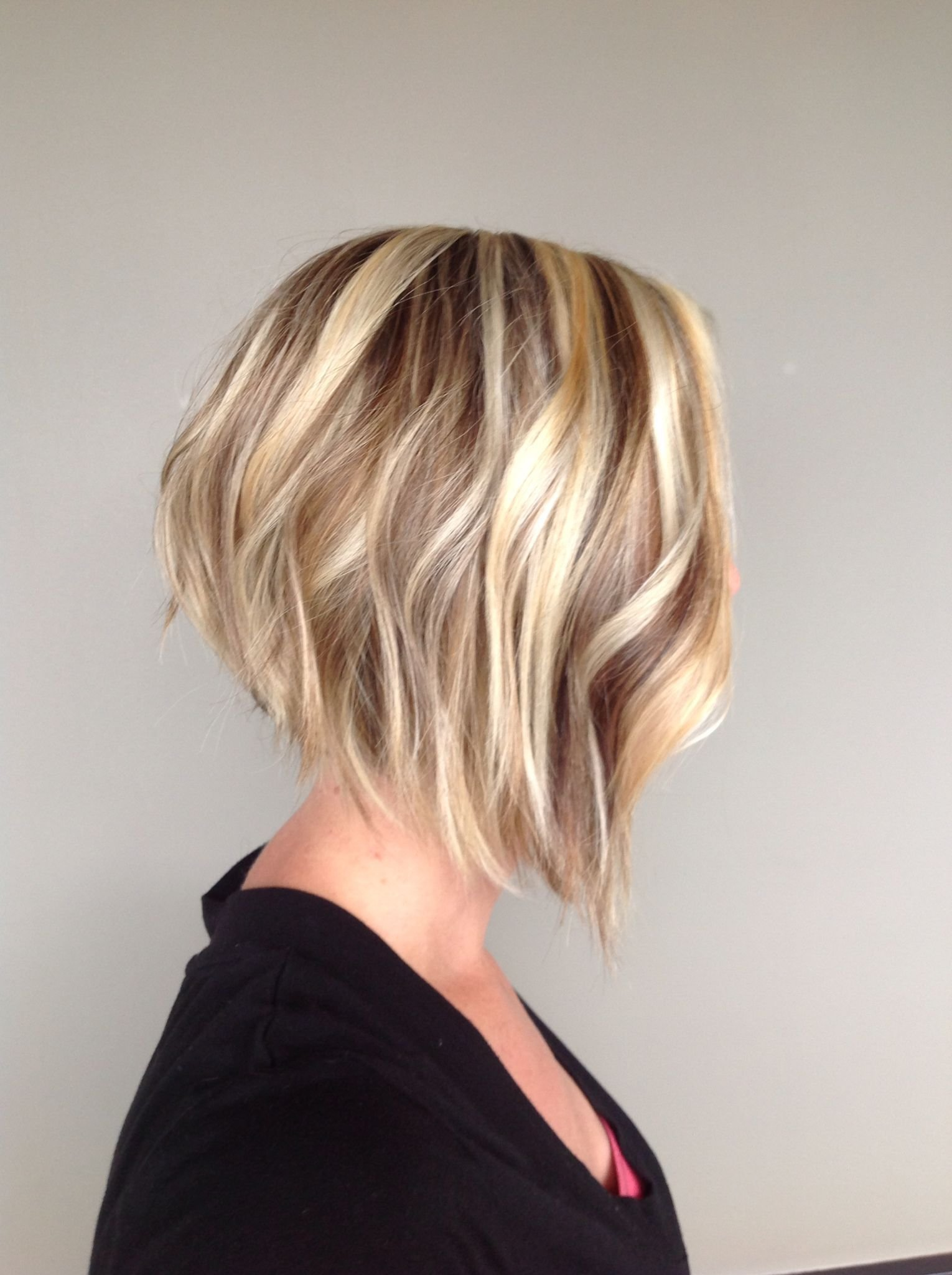 The Best Angled Bob Haircuts And Undercuts In 2019 Angled Bob Hairstyles Angled Bob Haircuts Pictures