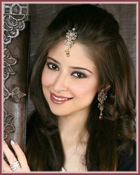 The Best Indian Wedding Hairstyles For Medium Length Hair To Adorn Pictures