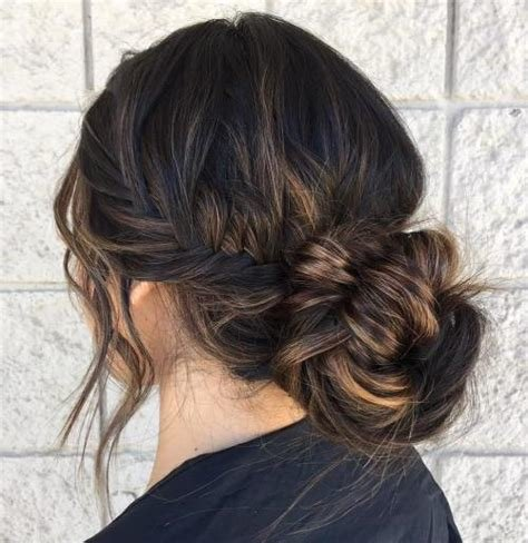 The Best Messy Bun Guide 40 Newest Messy Buns For 2019 Pictures