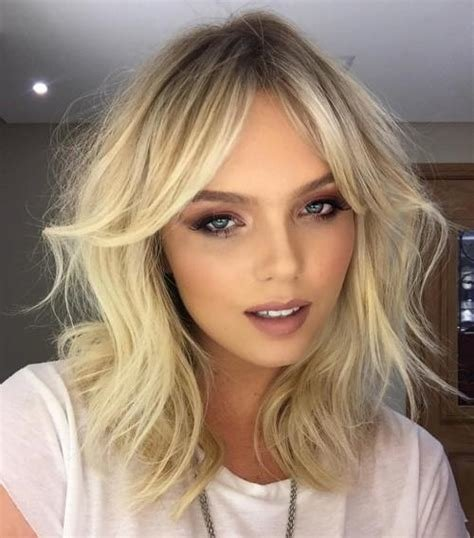 The Best 20 Best Hairstyles For Big Foreheads You Should Try On Pictures