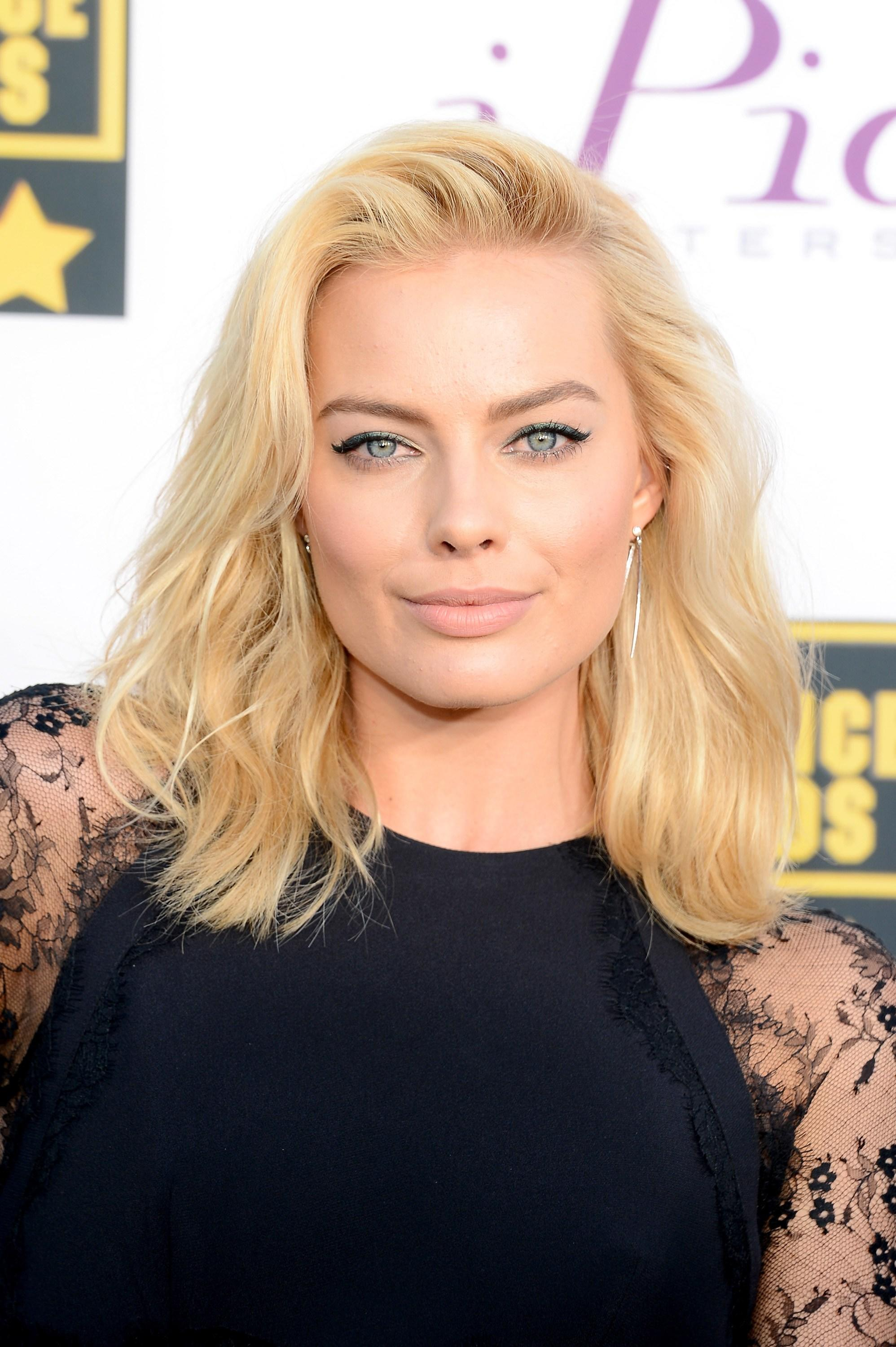 The Best Blonde Hair Color Will Last Longer If You Do These 5 Pictures