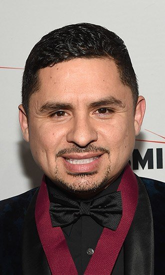 The Best Larry Hernandez Celebrity Profile – Hollywood Life Pictures