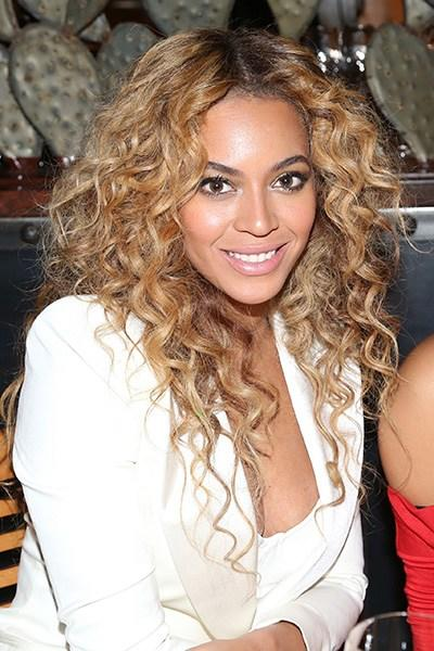 The Best The 15 Best Curly Hairstyles Stylecaster Pictures