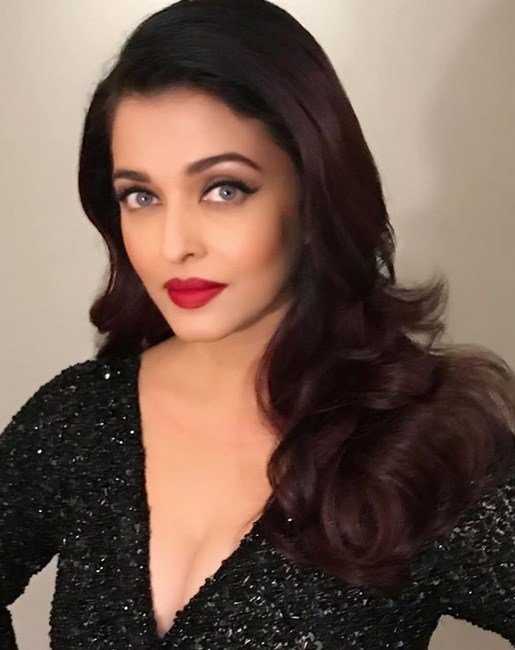 The Best Aishwarya Rai Hairstyles Makeup Bollywood Celebrities Pictures