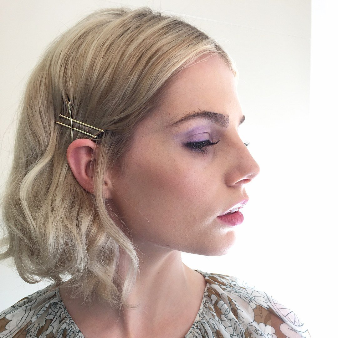 The Best 25 Bobby Pin Hairstyles You Haven T Tried But Should Pictures