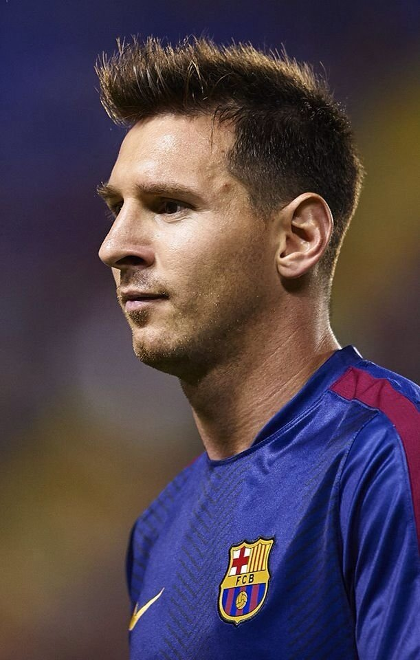 The Best Top 7 Sporting Lionel Messi Hairstyles You Can Copy Pictures
