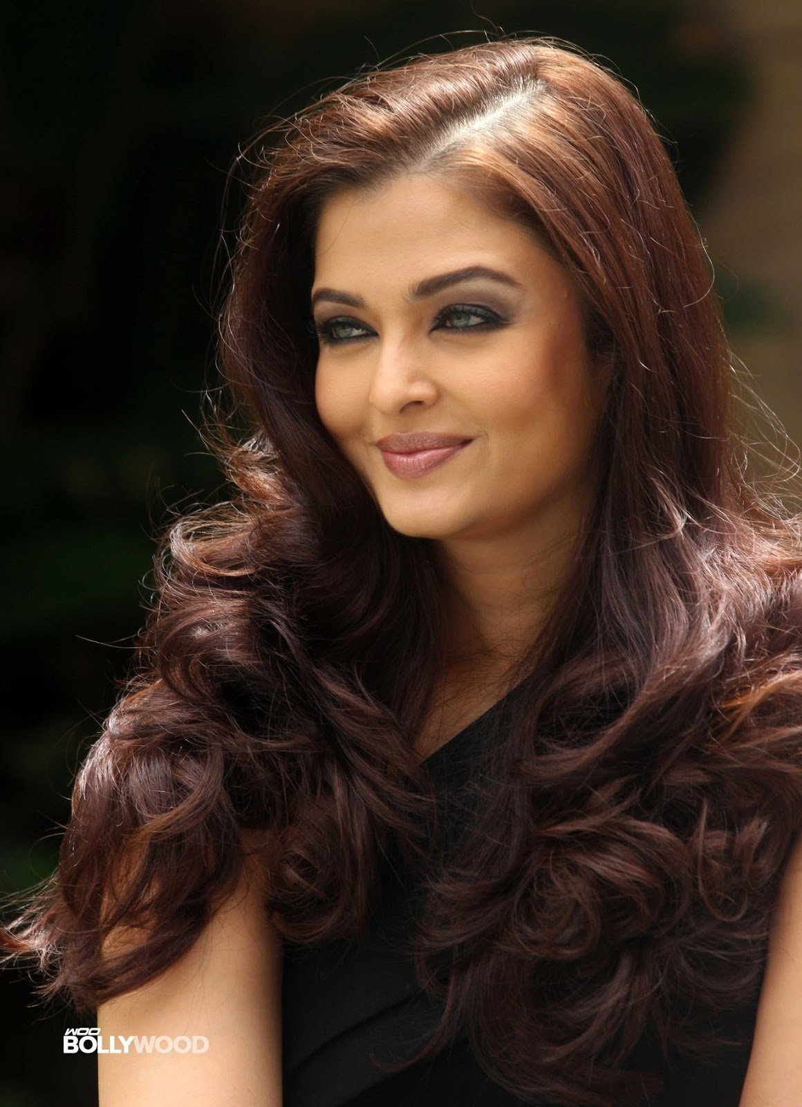 The Best 44 Gorgeous Aishwarya Rai Hairstyles Hairstylo Pictures
