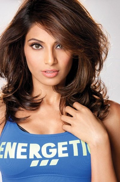 The Best Bipasha Basu Latest Pics For Fitness Calendar Everything Pictures
