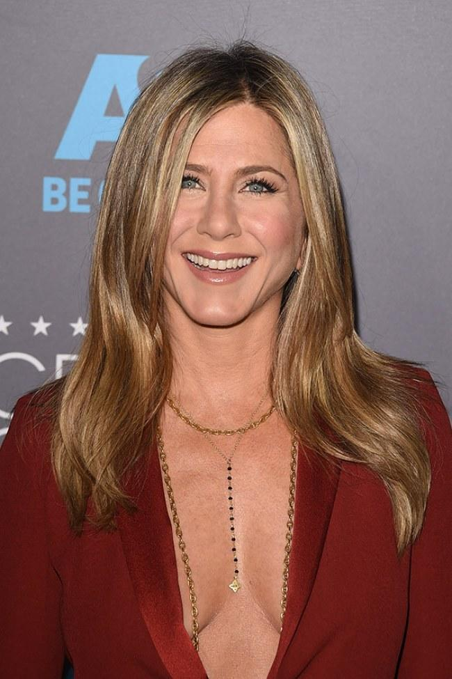 The Best Jennifer Aniston Hairstyles Hairstylo Pictures