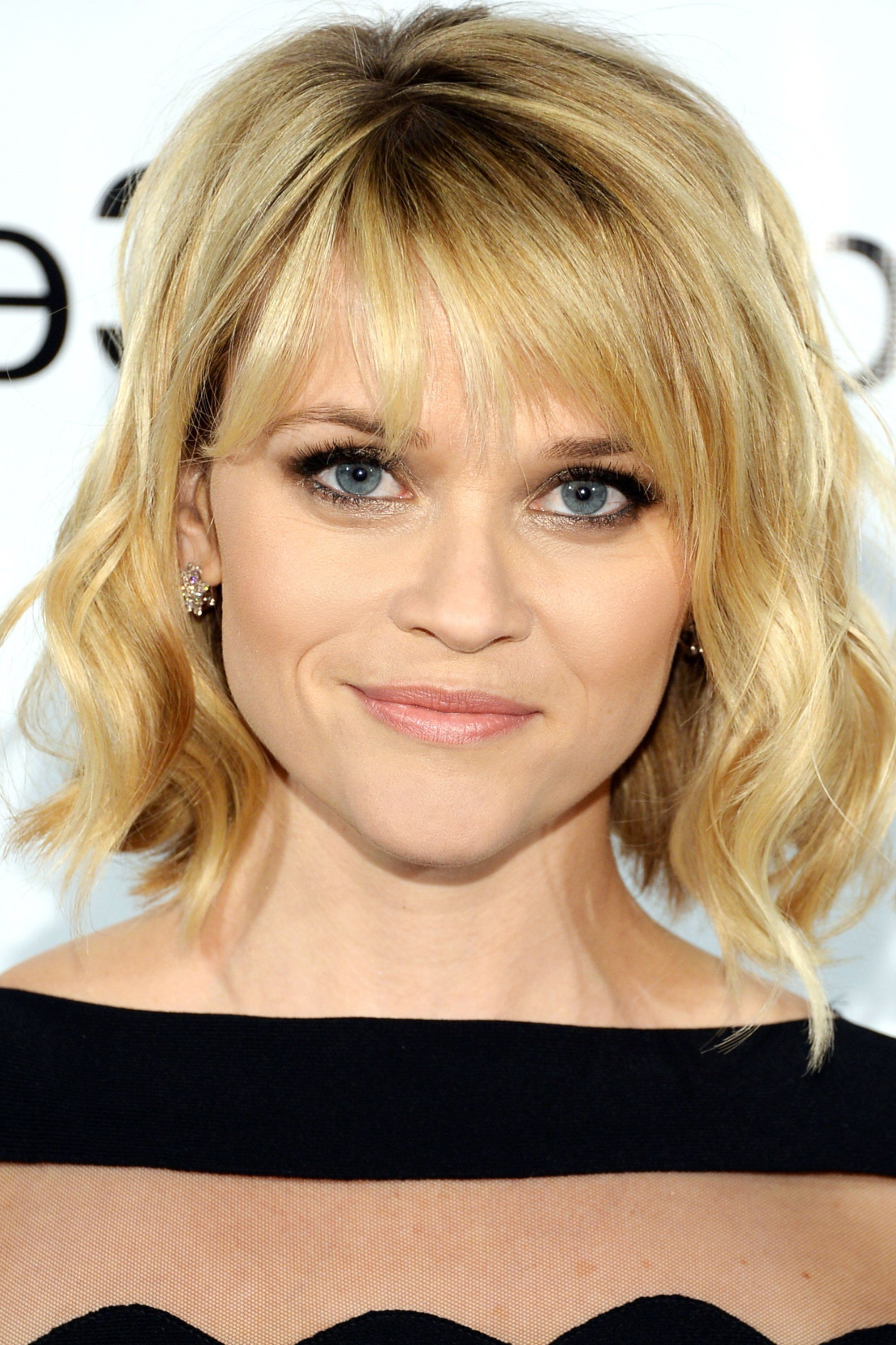 The Best Shoulder Length Hairstyles For Fine Hair Women Hairstylo Pictures