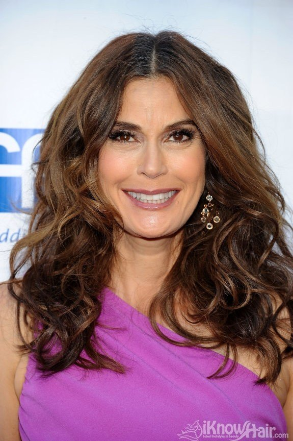 The Best Teri Hatcher Hairstyles 2011 Teri Hatcher Hair Style 2011 Pictures