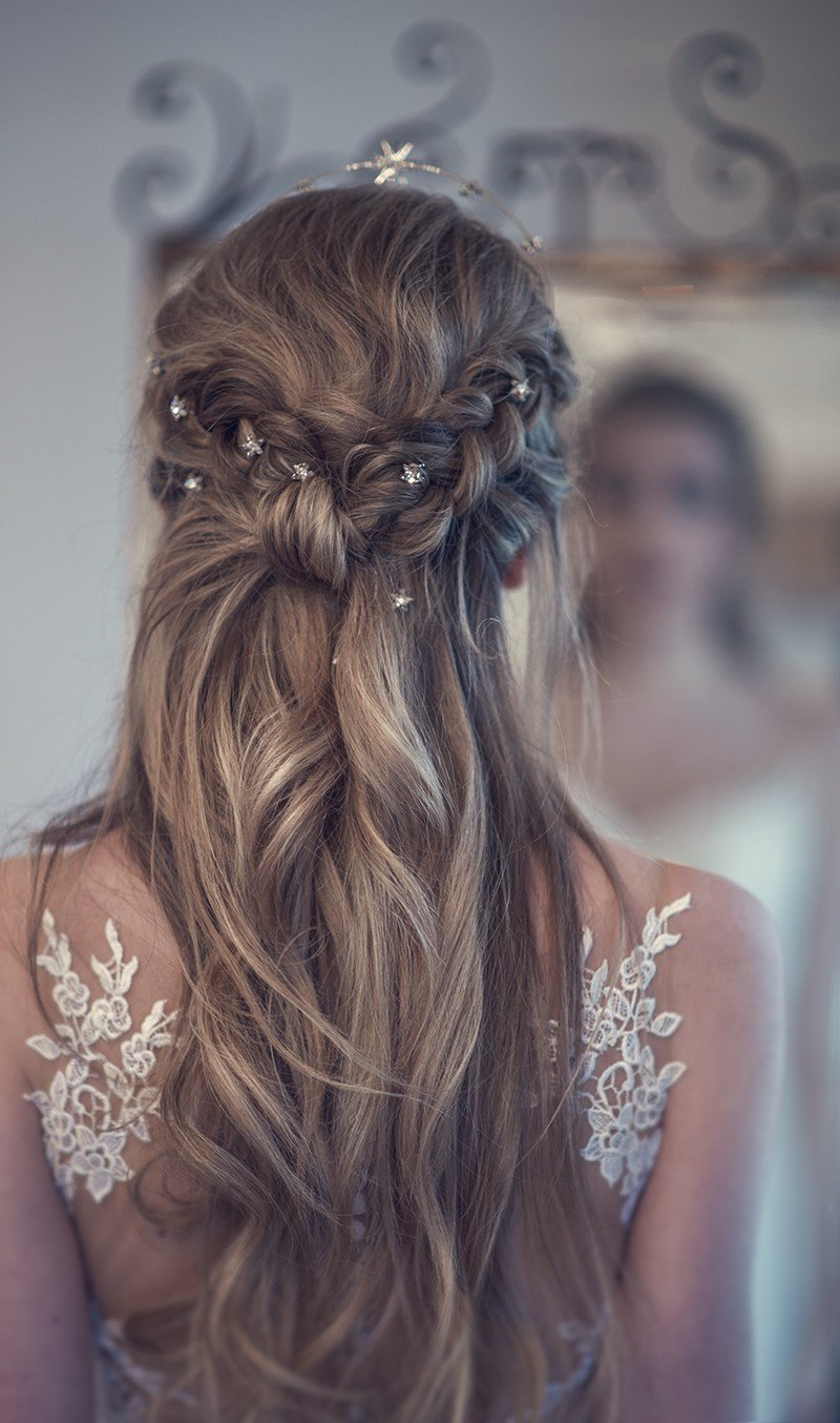 The Best Beautiful Bridal Half Up Half Down Wedding Hair Inspiration Pictures