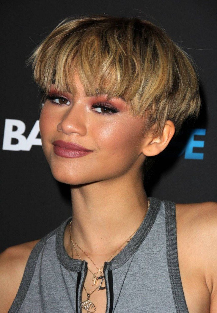 The Best 21 Mushroom Haircut Ideas Designs Hairstyles Design Pictures