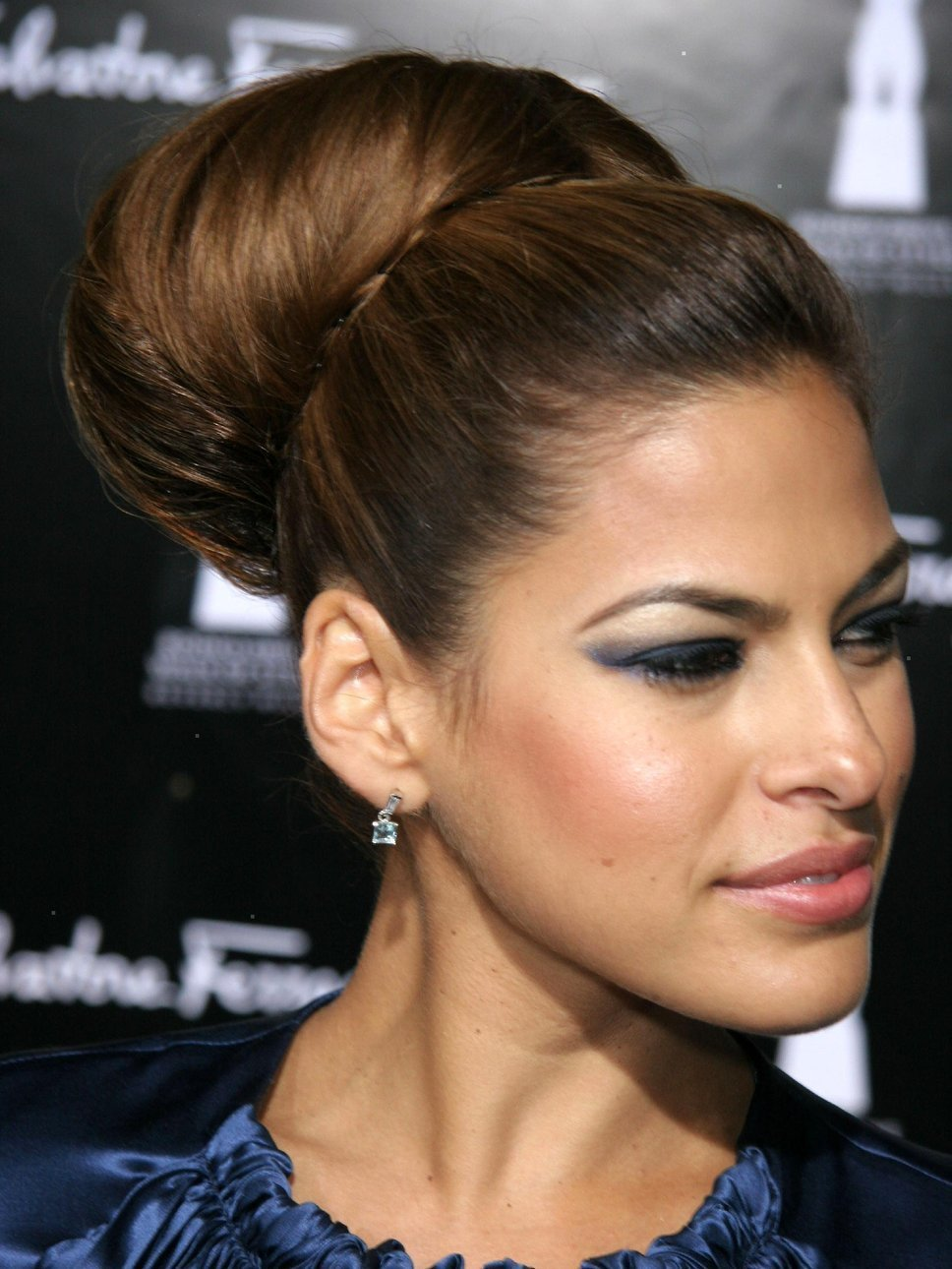 The Best Eva Mendes Lavender Hair Pictures