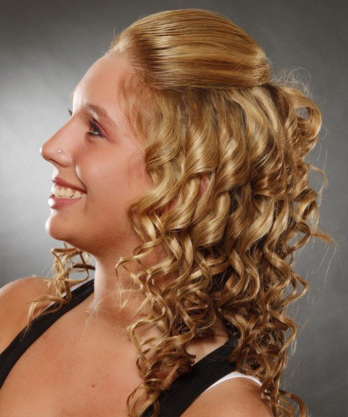 The Best Casual Long Curly Half Up Hairstyle G*Ng*R Blonde Hair Pictures