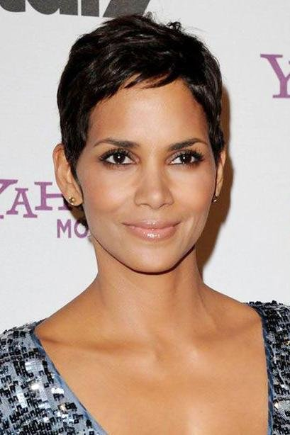 The Best Short Hairstyles For Oval Faces Southern Living Pictures