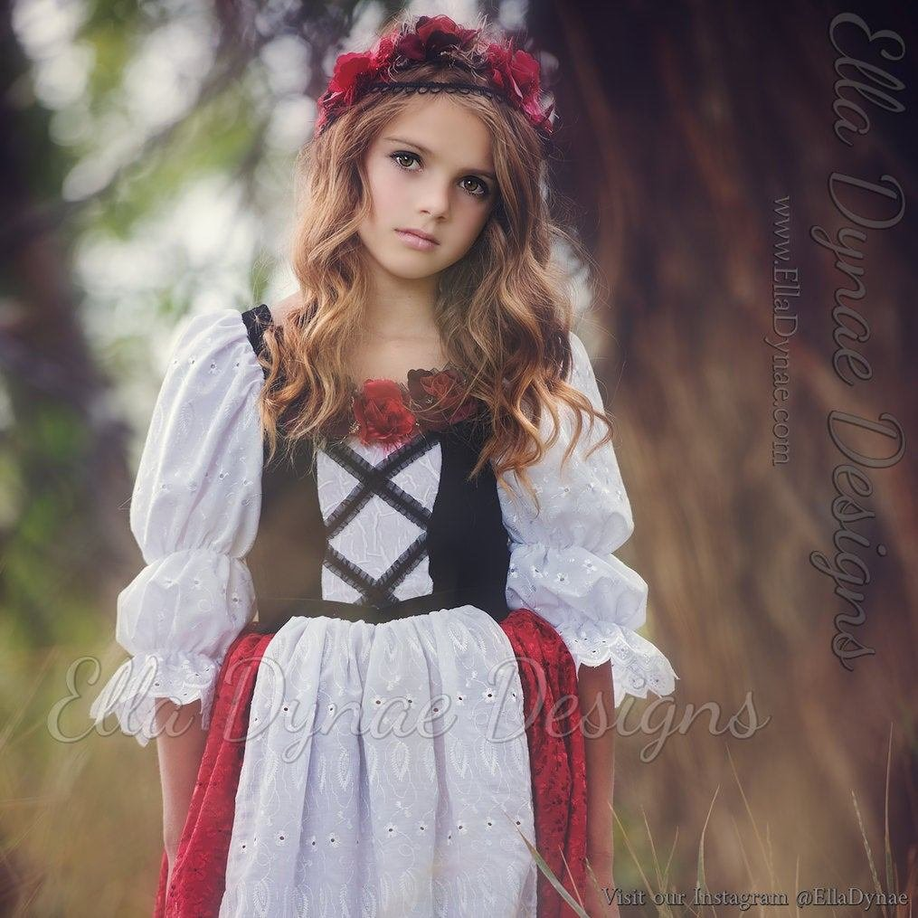 The Best What Hairstyle Does Little Red Riding Hood Have Hair Pictures