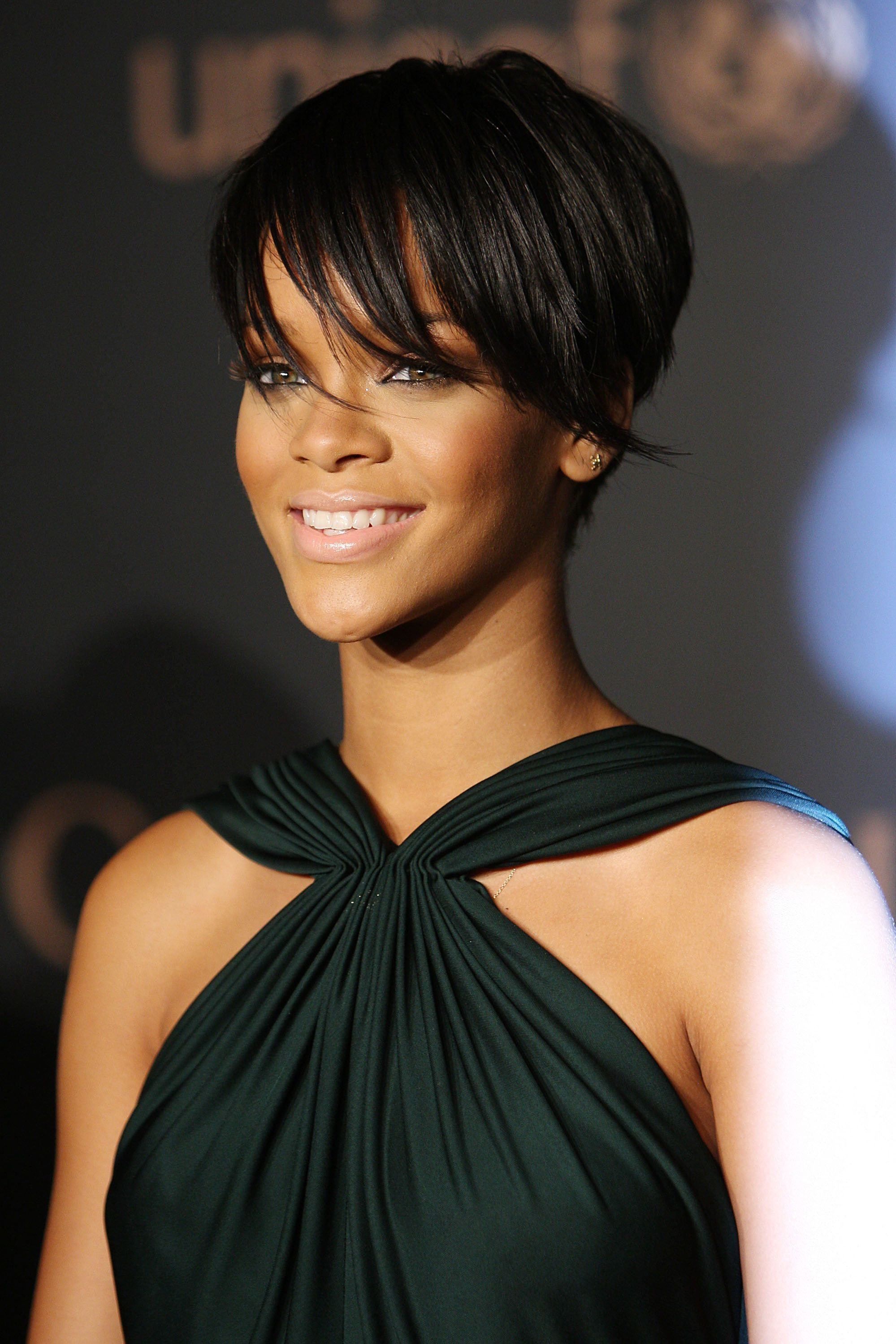 The Best 40 Rihanna Hairstyles To Inspire Your Next Makeover Huffpost Pictures