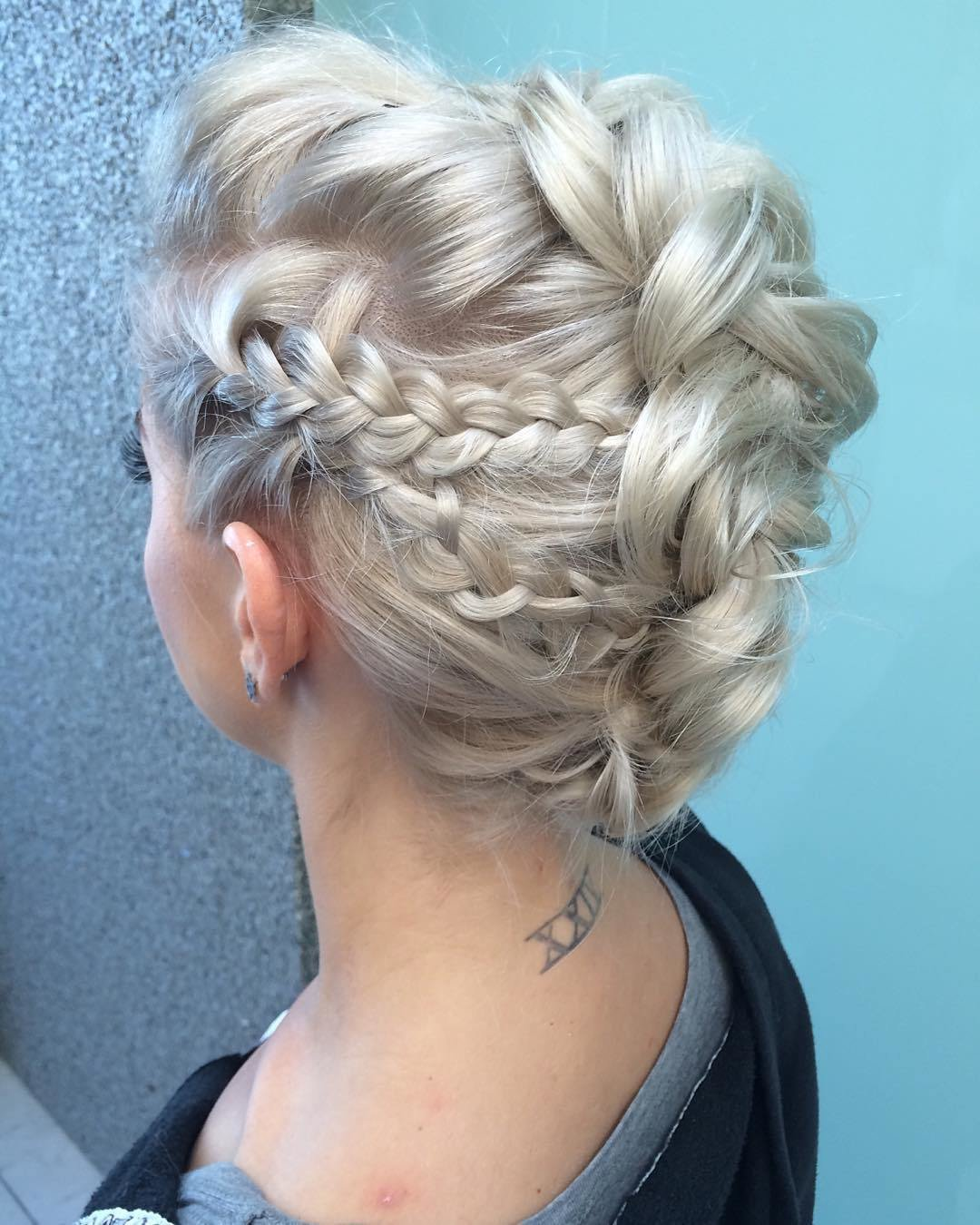 The Best 15 Amazingly Easy Updo Hairstyles For Long Hair Pictures