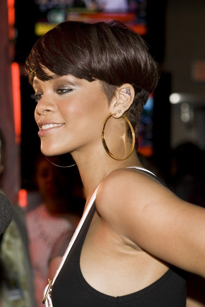 The Best Rihanna French Fashions Pictures
