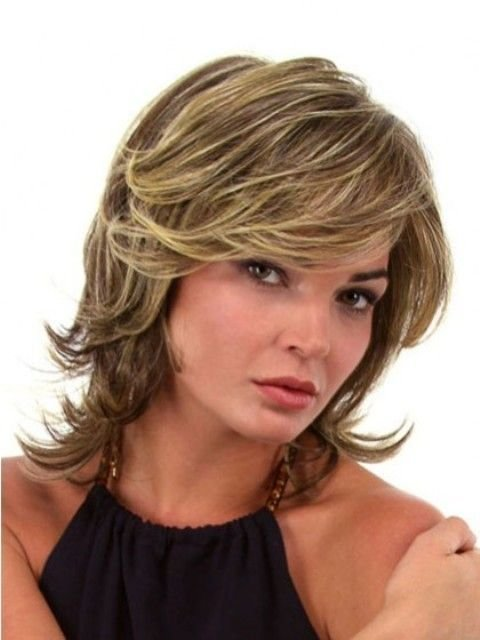 The Best Medium Layered Hairstyles For Round Faces 2 Hair Pictures