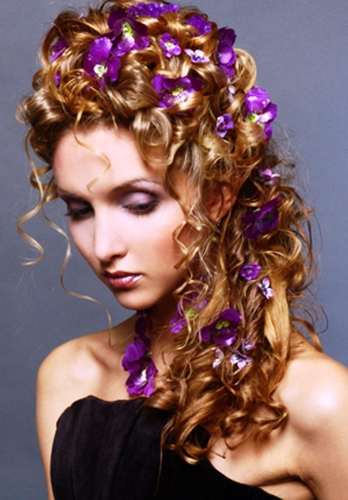 The Best 223 Best Images About Hairstyles With Flowers On Pinterest Halo Updo And The Flowers Pictures