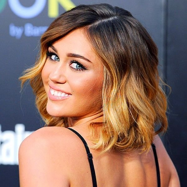 The Best Miley Cyrus With Short Curly Ombre Hair Haar Pictures