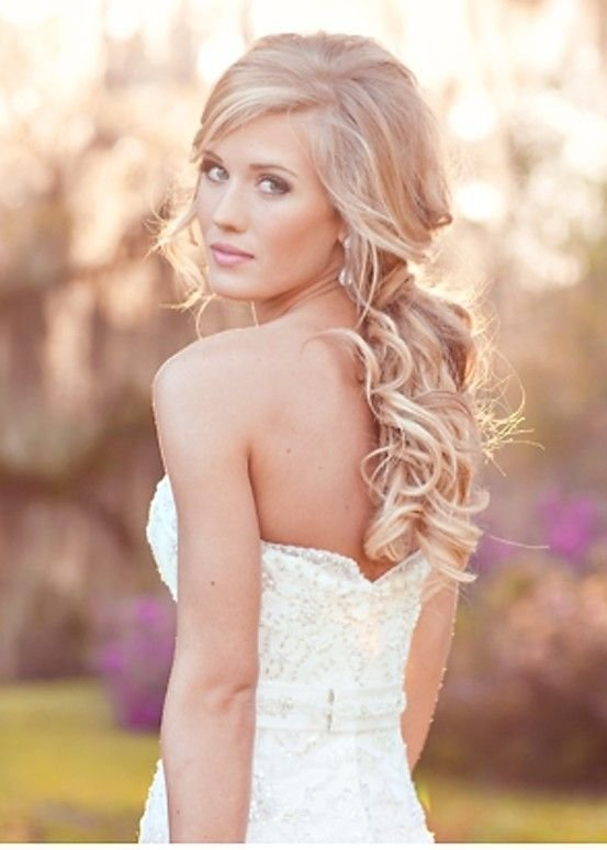 The Best Soft Romantic Curls For Your Wedding Day Hair By Liza Diy Wedding Pinterest Beautiful Pictures