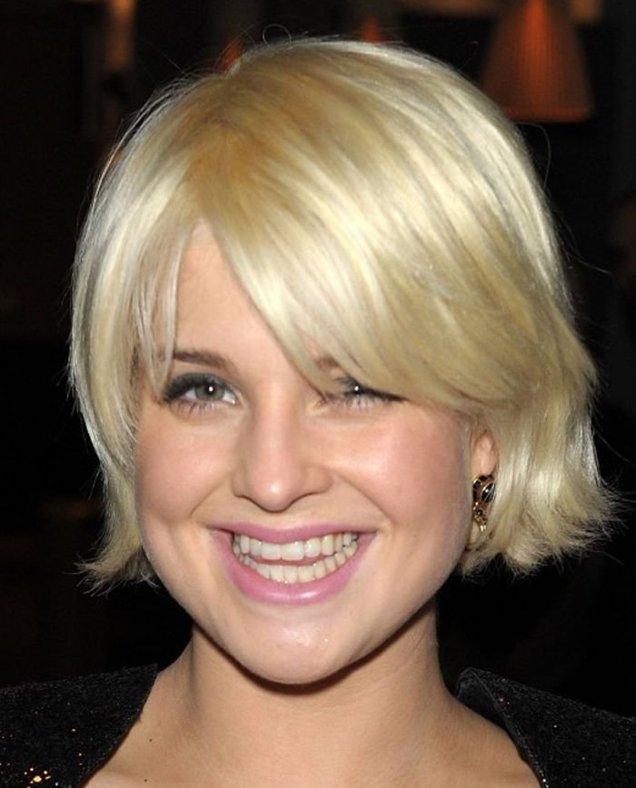 The Best Short Wavy Hairstyles For Thin Hair And Round Face Gallery Of Short Hairstyles For Round Faces Pictures
