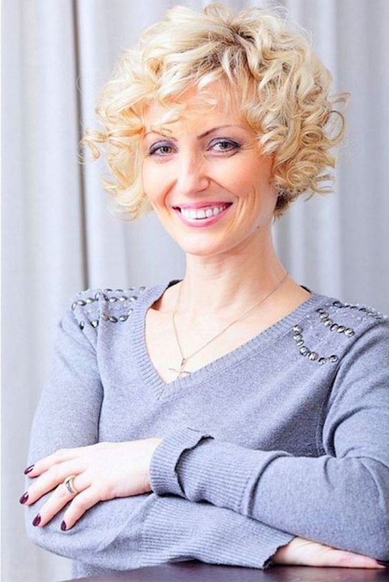The Best Short Curly Bob Hairstyles For Older Women Womens Pictures