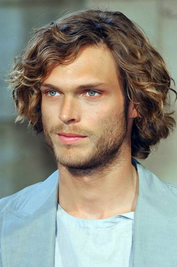 The Best Mid Length Curly Hairstyle For Men Love The Beachy Waves Pictures