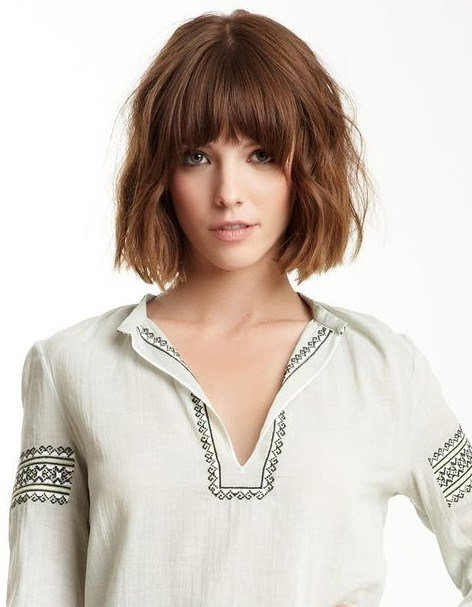 The Best Tousled Curly Bob Hairstyle With Blunt Bangs Pretty Designs Pictures