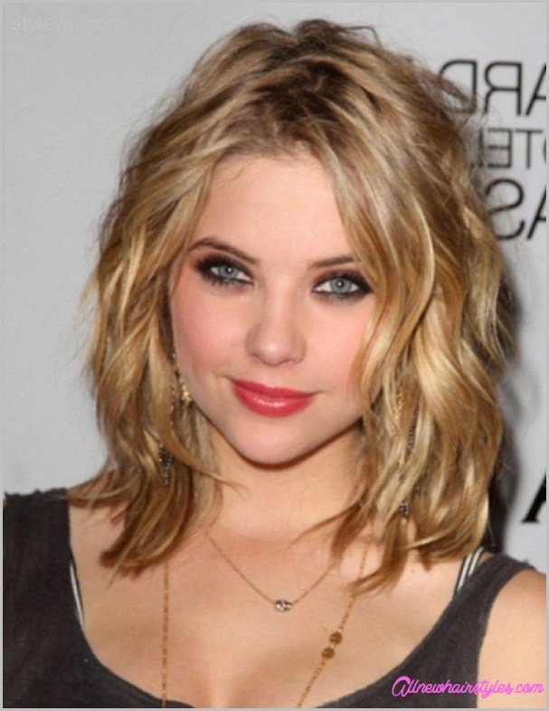 The Best Medium Length Curly Haircuts For Round Faces Pictures