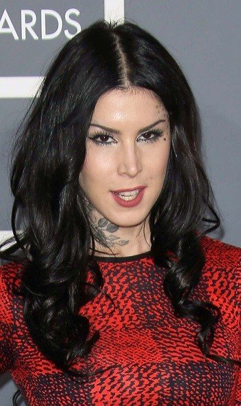 The Best Hairstyles Kat Von D S Long Curled Hairstyle Pictures